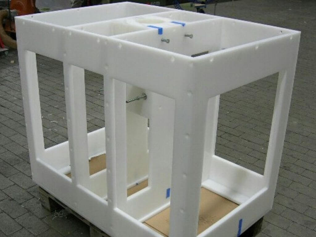 Behälterbau Kunststoff Sonderanfertigung Leto